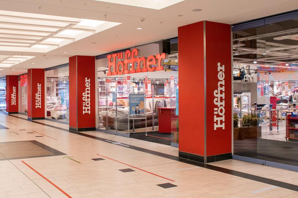Höffner startet bis Sonntag (7.3.) krassen Lagerverkauf mitten im Lockdown