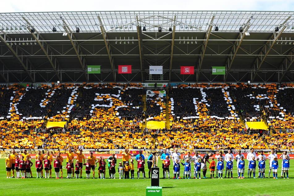Am 14. Mai 2016 wurde in Dresden die Drittliga-Meisterschaft gefeiert - mit großer Choreo und natürlich vor ausverkauftem Haus.