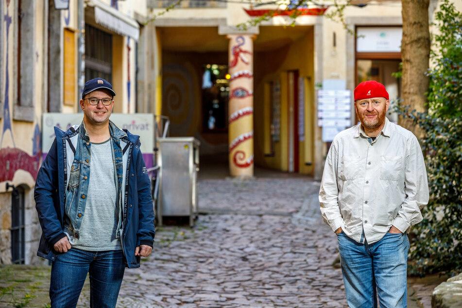 """Torsten Wiesener (49, r.) und Jan Frintert (47) sind zwei der Initiatoren von """"Neustadt bringt's""""."""