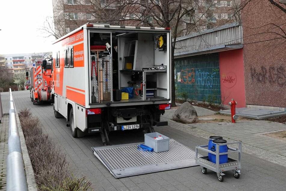 Mit spezieller Messtechnik rückte die Feuerwehr am Freitagnachmittag nach Grünau aus.