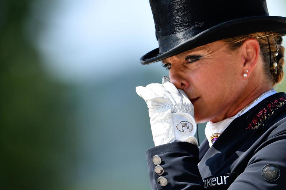 Tragischer Tod: Stute von Olympiasiegerin Dorothee Schneider stirbt nach Sturz