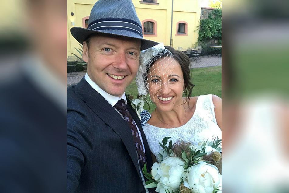 Freddy Holzapfel (41) und ihr Mann Tilo (45) beim Fotoshootings für das Hochzeitsmagazin.