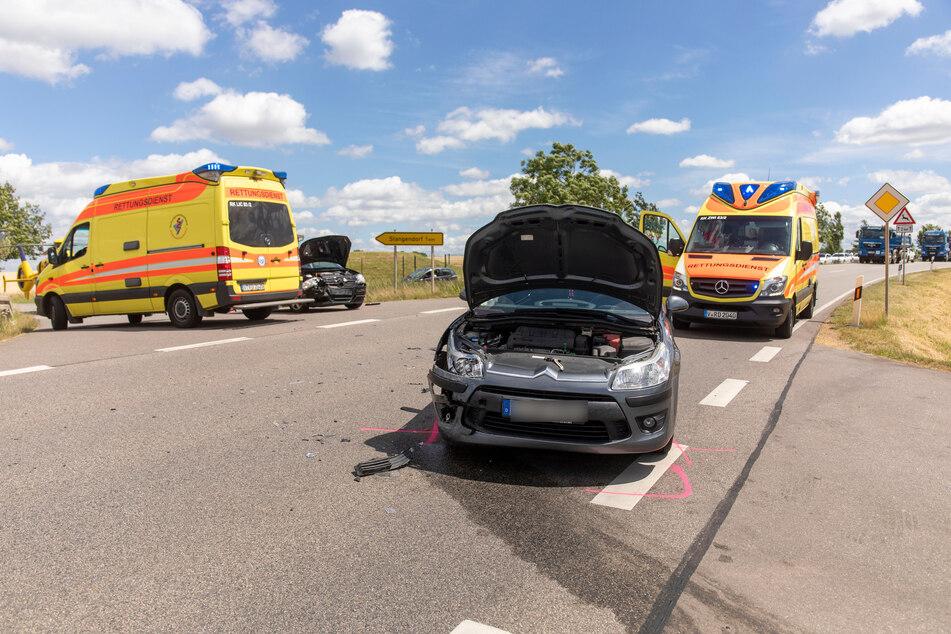 Heftiger Unfall im Erzgebirge: Mehrere Verletzte