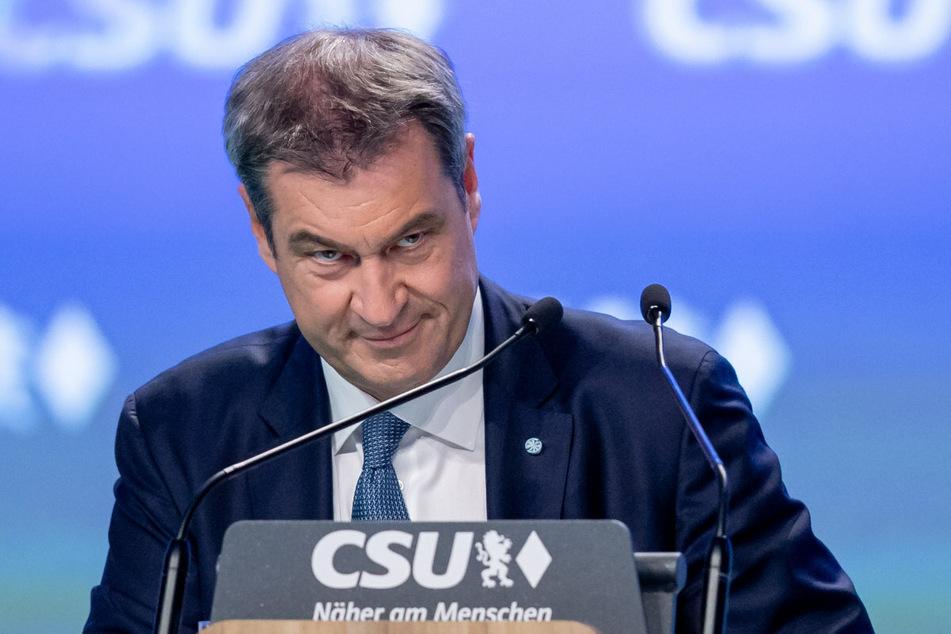 Bayerns Ministerpräsident Markus Söder (54) will Leitfäden zur gendergerechten Sprache an Unis auf den Prüfstand stellen.