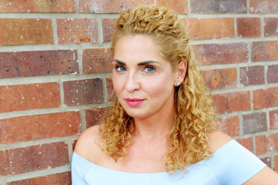Schauspielerin Maria Wenig (37) hat in einem Interview gestanden, dass das Liebes-Aus von Nina und Leon für sie sehr überraschend kam.