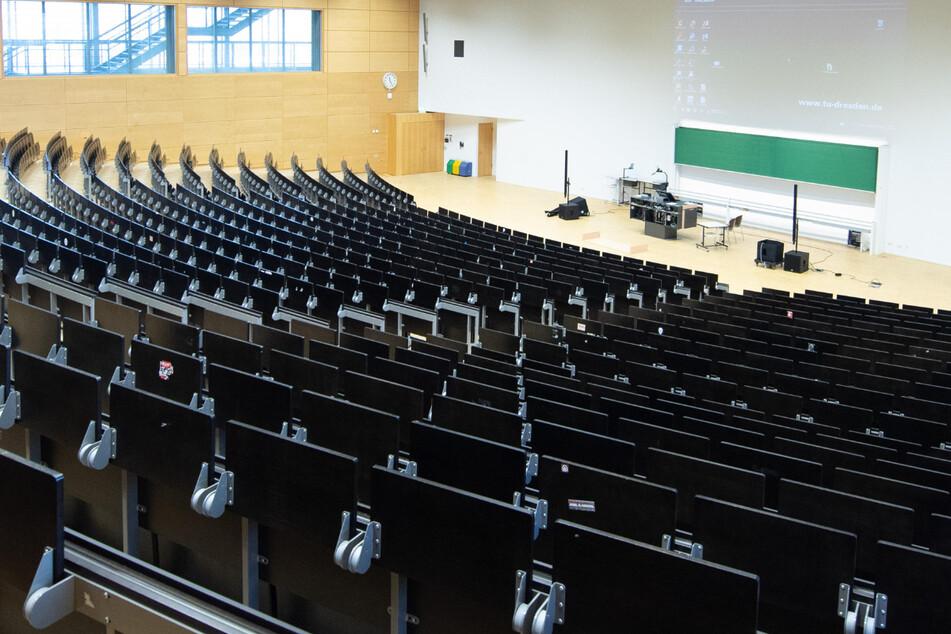 Sachsens Unis starten ins Wintersemester, doch die Hörsäle bleiben oft leer