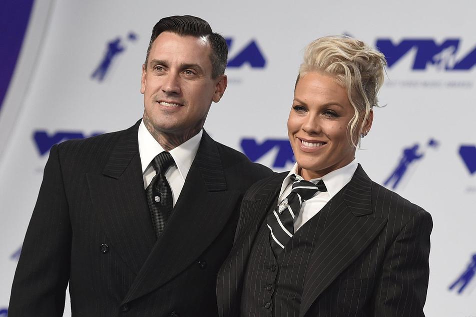 Carey Hart (45) und Pink (41) feiern nach etlichen Höhen und Tiefen ihren 15. Hochzeitstag.