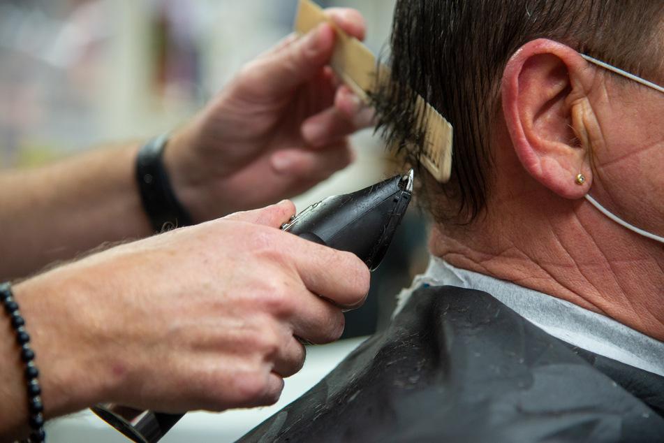 Viele Friseurbetriebe müssen wegen des Lockdowns um ihre Existenz fürchten.