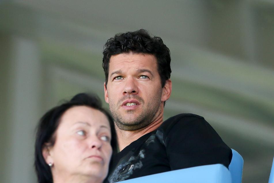 Ex-Nationalspieler Michael Ballack ließ sich das Spiel gegen Rostock nicht entgehen.