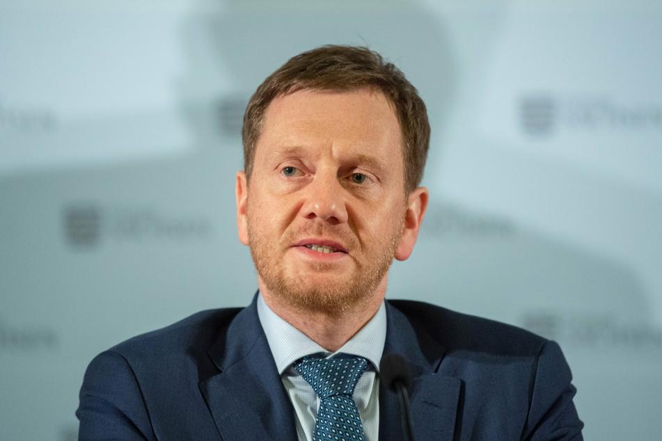 Ministerpräsident Michael Kretschmer (CDU) wendet sich in Corona-Krise per Post an die Sachsen.