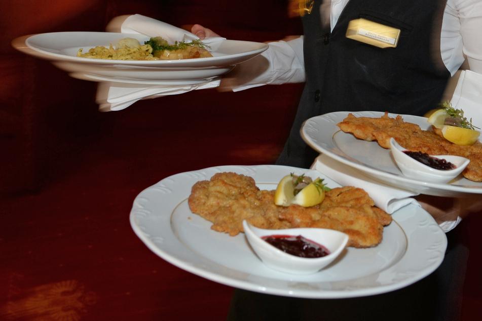Sachsen-Anhalt berät über Öffnung von Restaurants