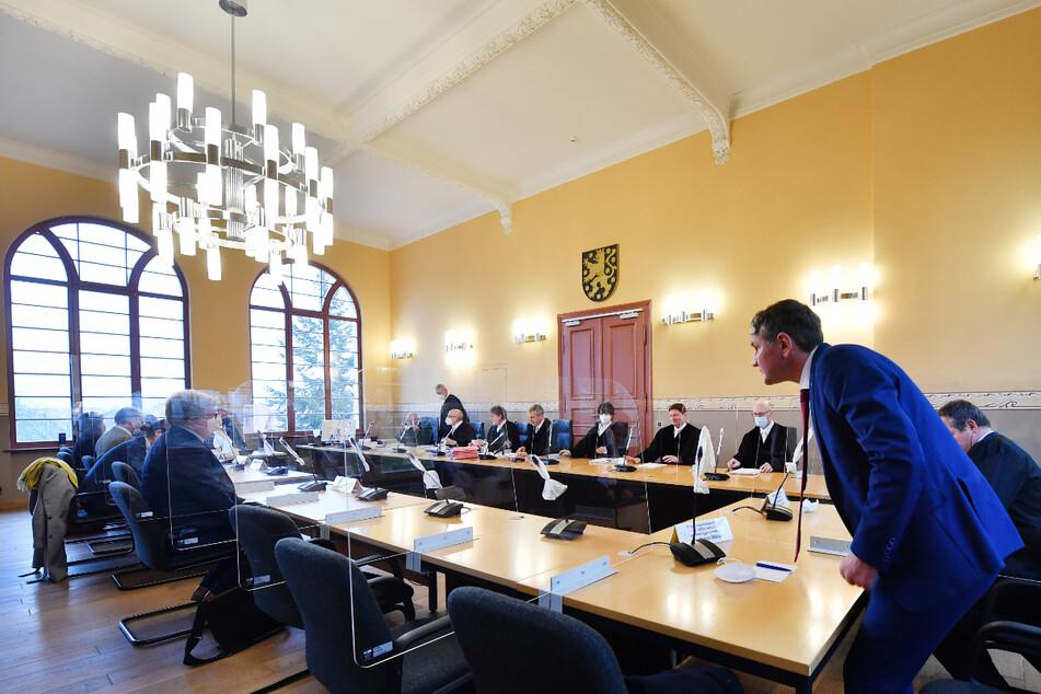 AfD-Klage erfolgreich: Gericht erklärt Teile der früheren Corona-Verordnung als verfassungswidrig