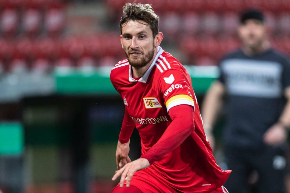 Linksverteidiger Christopher Lenz (26) hat den 1. FC Union Berlin nach zwei erfolgreichen Spielzeiten verlassen und läuft künftig für den Liga-Konkurrenten Eintracht Frankfurt auf.