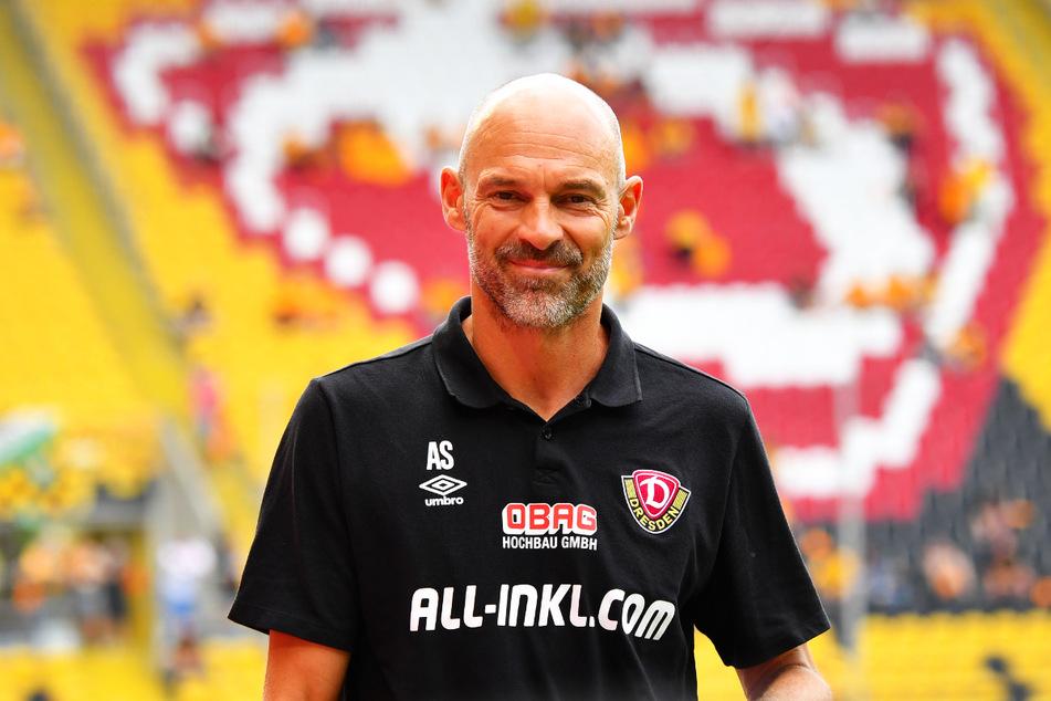 Dynamo-Coach Alexander Schmidt (52) wird sich vermutlich zwischen zwei Spielern entscheiden müssen.