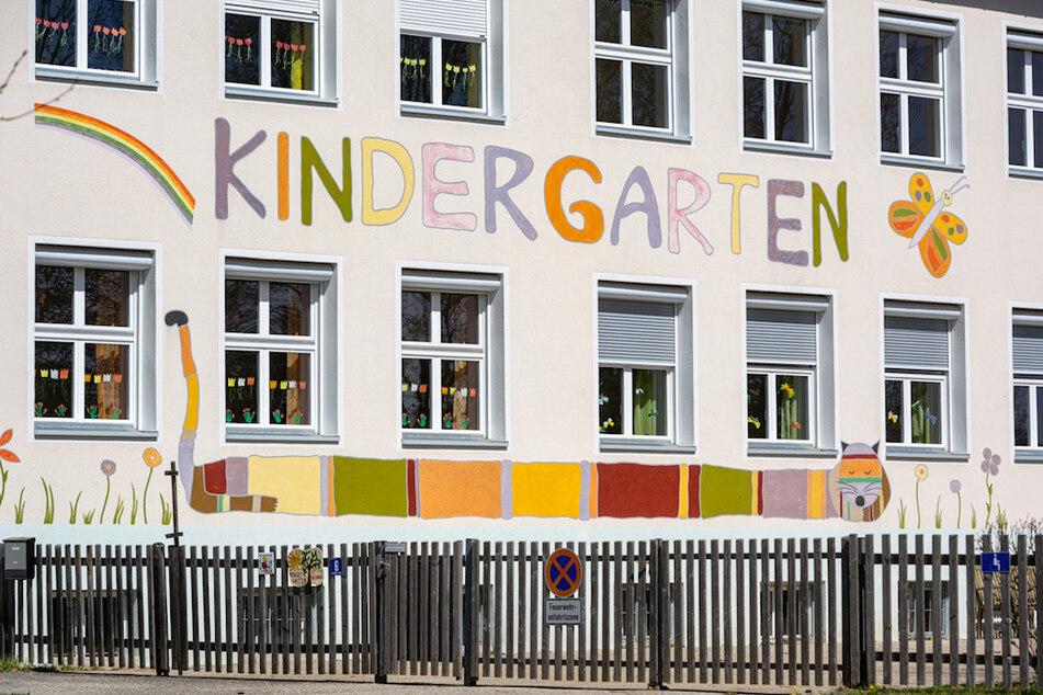 Der Kindergarten St. Korona im Ortsteil Patriching. Seit der Ausbreitung des Coronavirus ist der Name des Kindergartens plötzlich Gesprächsthema.