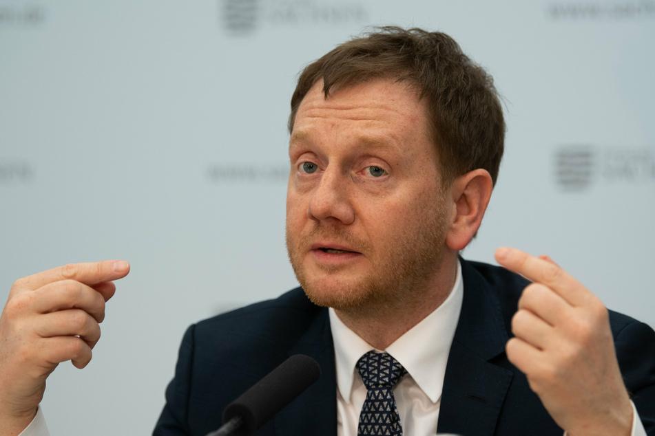 Sachsens Ministerpräsident Michael Kretschmer (44, CDU) sprach sich für Geisterspiele in der Fußball-Bundesliga aus (Archivbild).