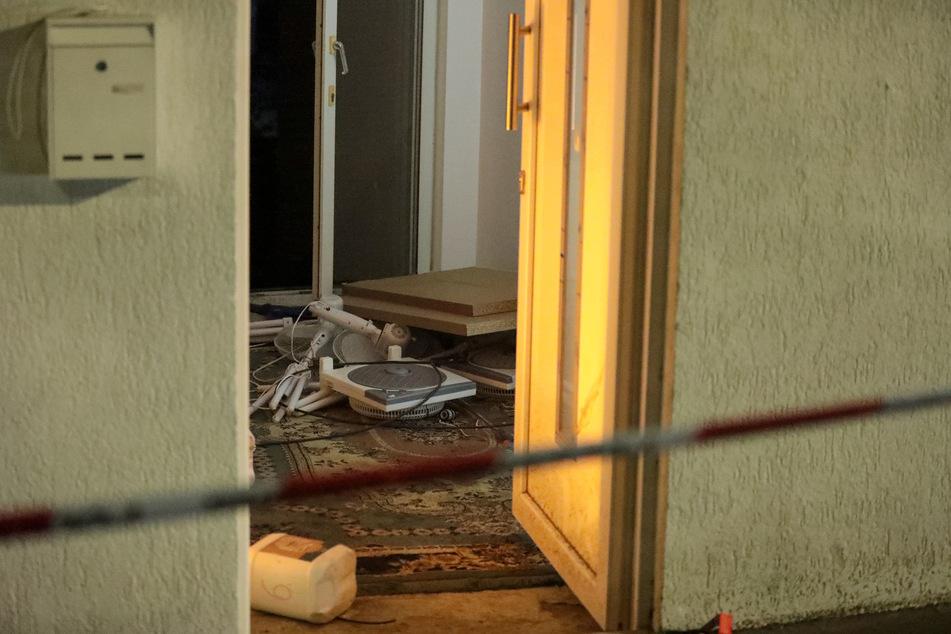 """Das """"verwinkelte Gebäude"""" wurde von den Einsatzkräften beobachtet, bis sie zwei Tatverdächtige festnehmen konnten."""