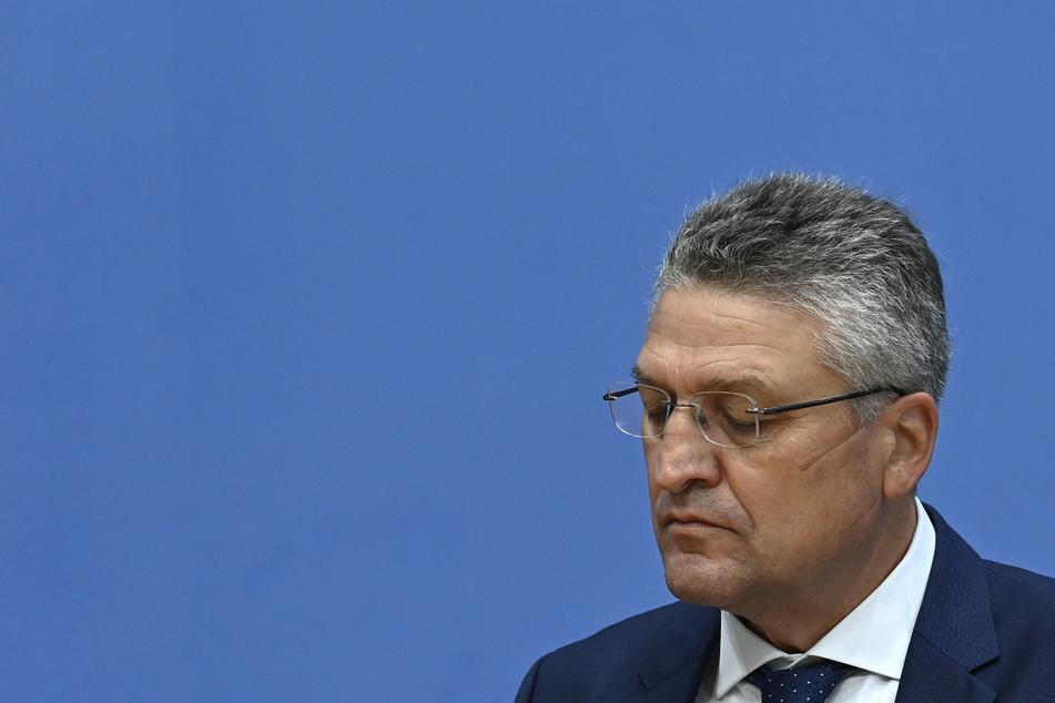 Lothar Wieler, Leiter des deutschen Robert-Koch-Instituts (RKI), nimmt an einer Pressekonferenz zur Corona-Lage in Deutschland teil.
