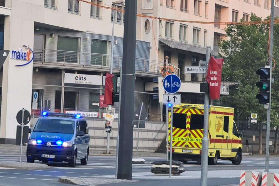 Ein 31-jähriger Fußgänger wurde bei dem Unfall schwer verletzt.