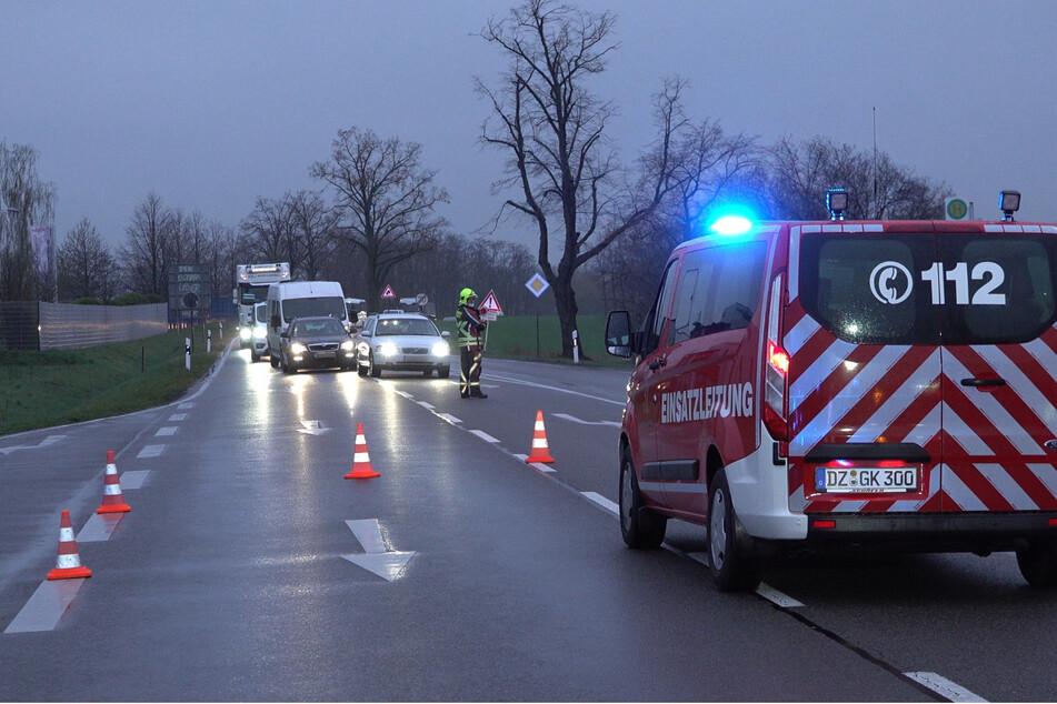 Die Feuerwehr musste die Unfallstelle sperren.