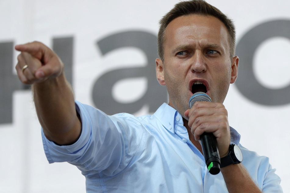 Alexej Nawalny (44) gilt als scharfer Kritiker von Putin. Er erholt sich derzeit von seinem Zusammenbruch.