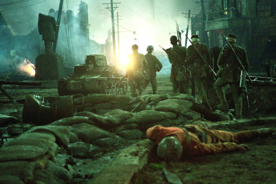 """Brachiales Kriegsspektakel """"The 800"""": Erfolgreichster Kinofilm 2020 kommt nach Deutschland!"""