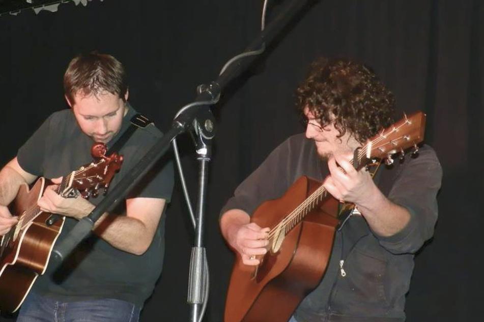 Johannes Single (rechts) aus Nürtingen und Andrew Gordon (links) aus Schottland bei einem Auftritt in der Palette.