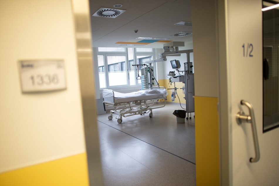 Nach einer Verdi-Einschätzung gibt es für die vierte Corona-Welle zu wenig Personal auf den Intensivstationen der NRW-Krankenhäuser