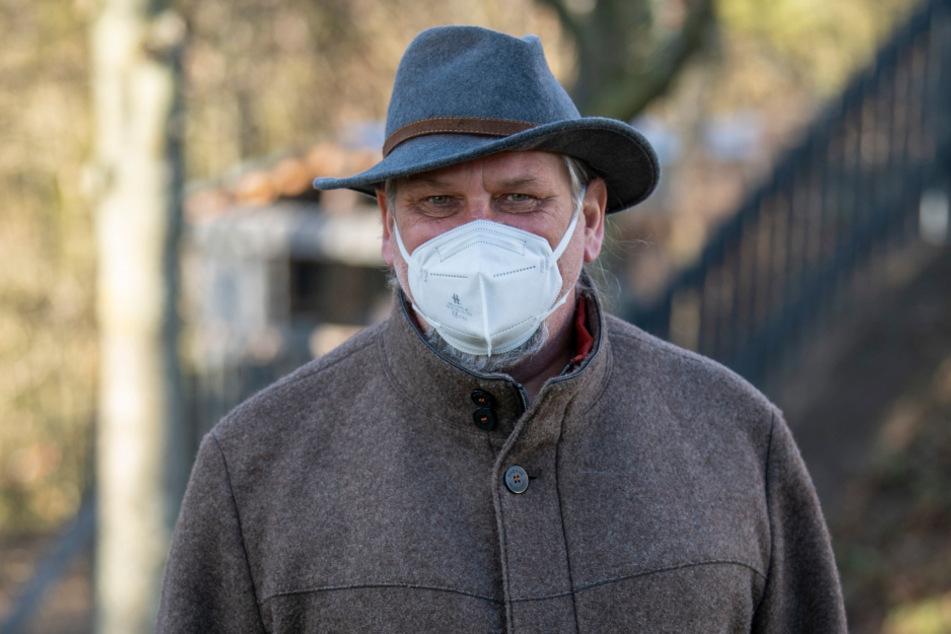 Klinikchef Uwe Wicha (58) ist entsetzt über den maskenlosen Bürgermeister.