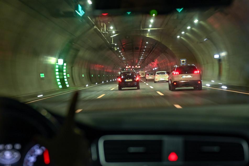 Eine halbe Stunde lang blieb der Tunnel vorsorglich gesperrt. (Symbolbild)