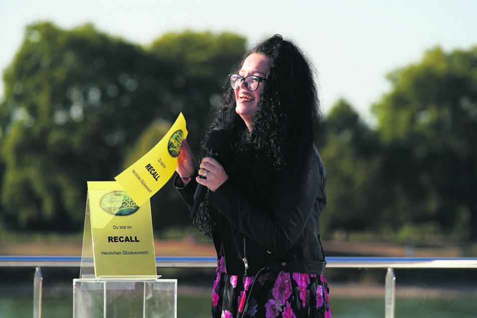 Der gelbe Zettel ist Lena-Loreens Ticket in den Recall.