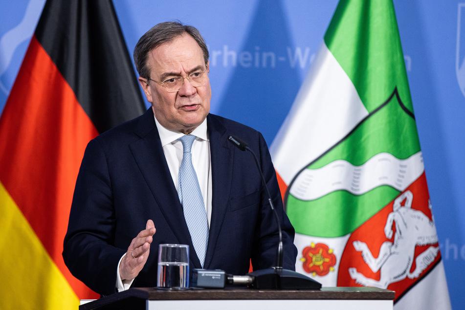 Am Dienstag hat der CDU-Bundesvorsitzende Armin Laschet (60) die jüngsten Corona-Beschlüsse von Bund und Ländern verteidigt.