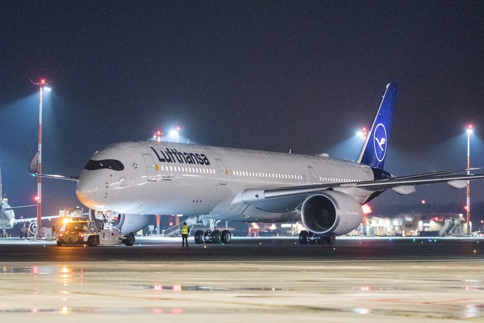 Lufthansa: Lufthansa-Maschine nach längstem Nonstop-Flug der Geschichte gelandet