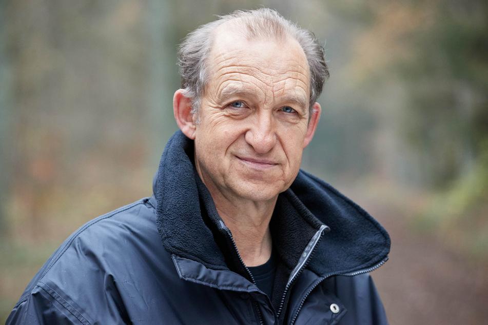 Schauspieler Peter Heinrich Brix (65) ist wieder als Sylter Fernsehkommissar Carl Sievers im Einsatz.