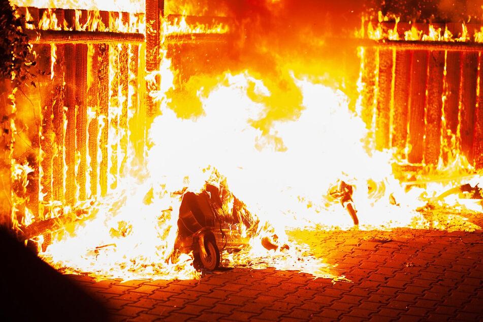 Lichterloh brannte es insgesamt fünfzehnmal in Coswig.