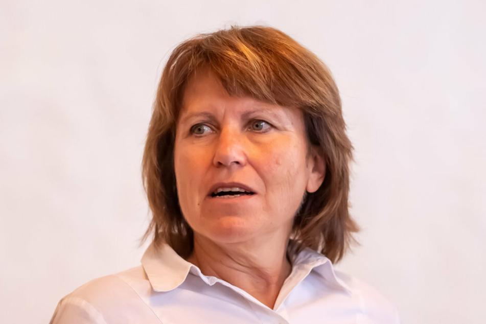 Finanzielle Notbremse gezogen: Oberbürgermeisterin Pia Findeiß (64, SPD).