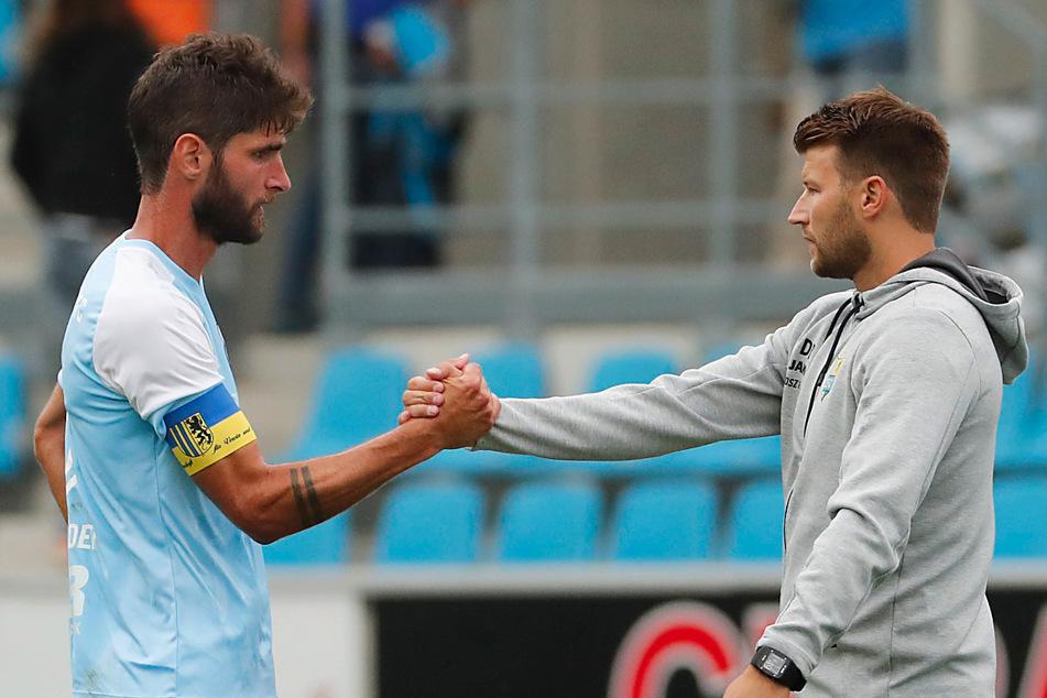 Auf seinen Kapitän Niklas Hoheneder (34, l.) konnte sich CFC-Trainer Daniel Berlinski (35) immer verlassen.