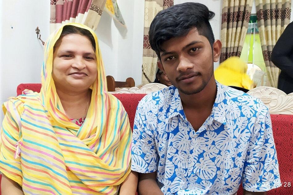 Abusaly Siddi Kamaliya und ihr angeblicher Sohn Akram Rizkhan.