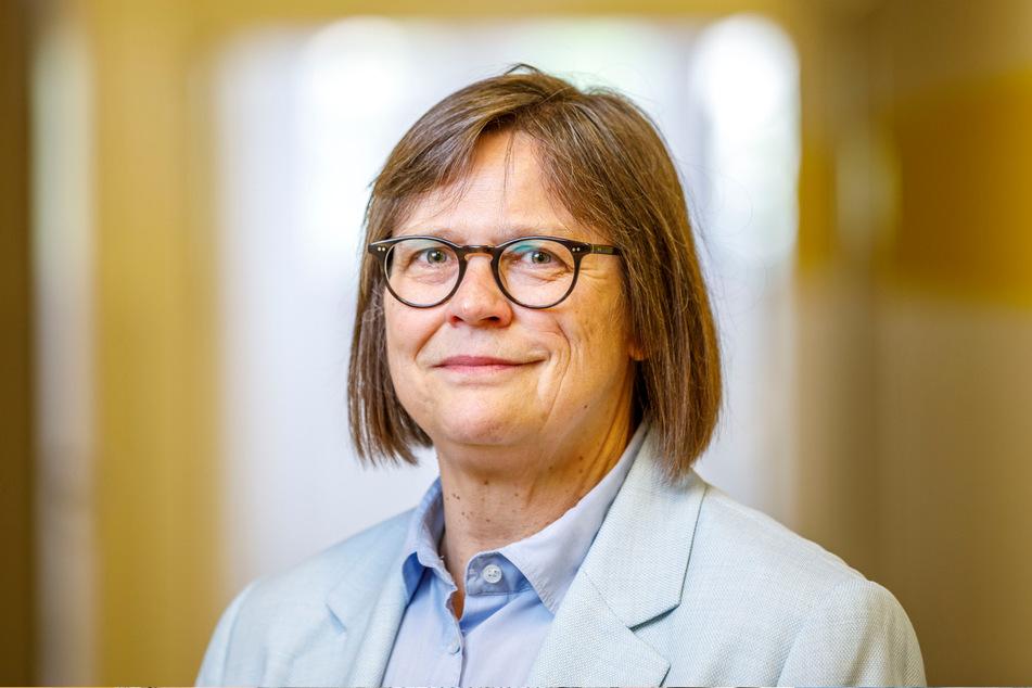 Sozialamts-Leiterin Susanne Cordts (64) freute sich über den großen Andrang.