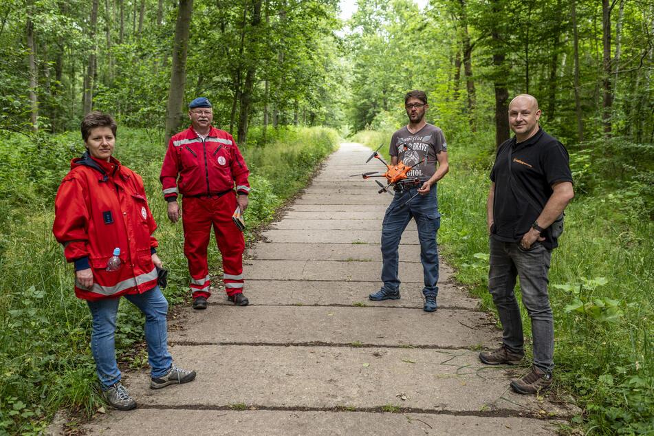 Verwandte und Freunde fahndeten im Rabensteiner Wald sogar mit einer Drohne nach der vermissten Silvana (39).