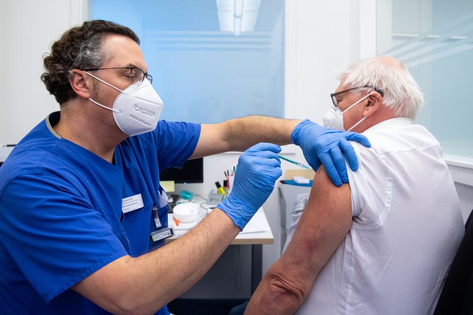 In Deutschland gibt es noch nicht genügend Impfdosen.