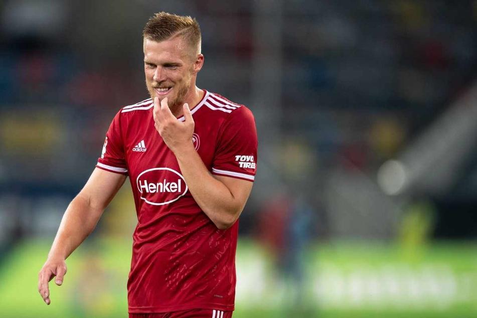 In Düsseldorf ist Rouwen Hennings (34) Top-Torjäger. Beim HSV kam er nicht über den Status des Jugendspielers hinaus.