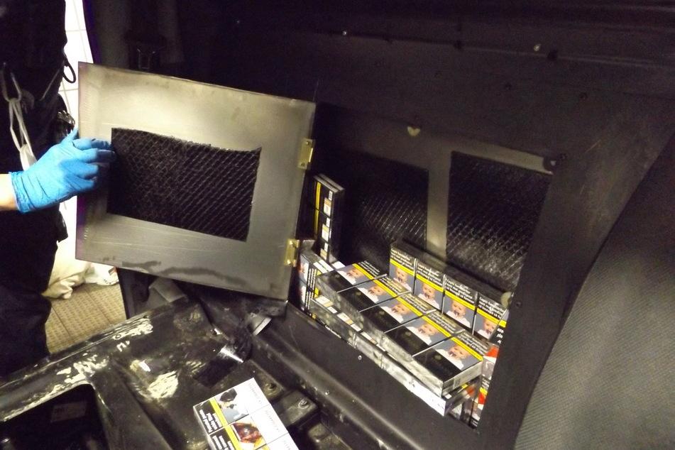 Kniffliges Versteck: Zoll zerlegt Auto und findet Schmuggelware