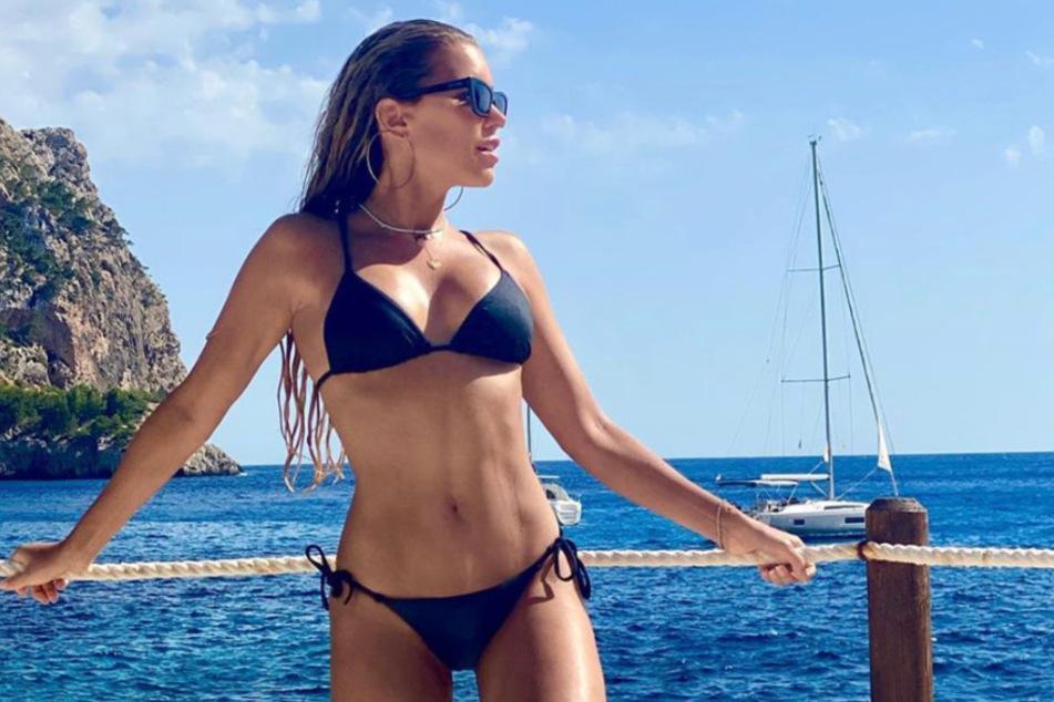 Auch auf Mallorca zeigte sich die Moderatorin sehr sexy.