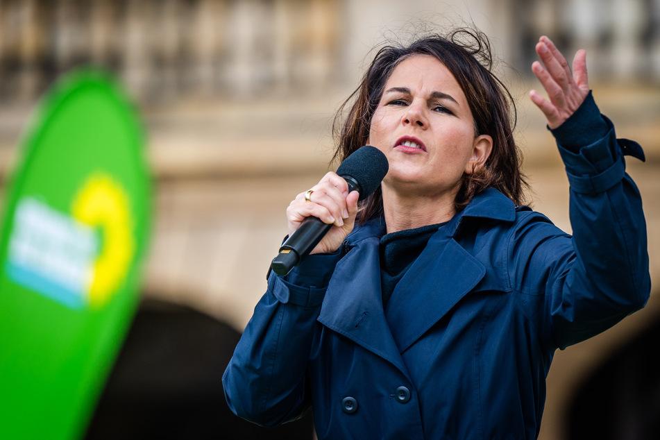 Grünen-Kanzlerkandidatin Annalena Baerbock (40) sprach am Freitag bei einem Wahlkampfauftritt in Chemnitz.