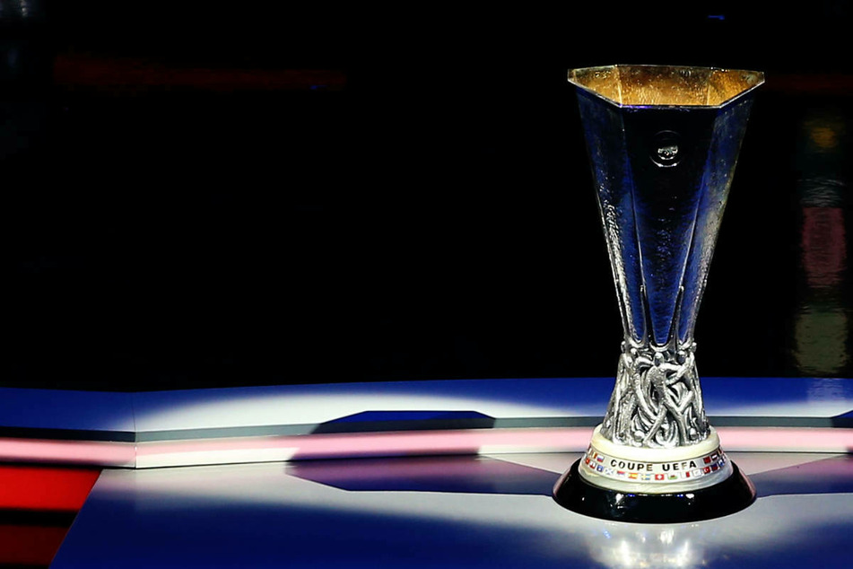 Um diesen Pokal wird dann ab dem 16. September wieder gekickt.