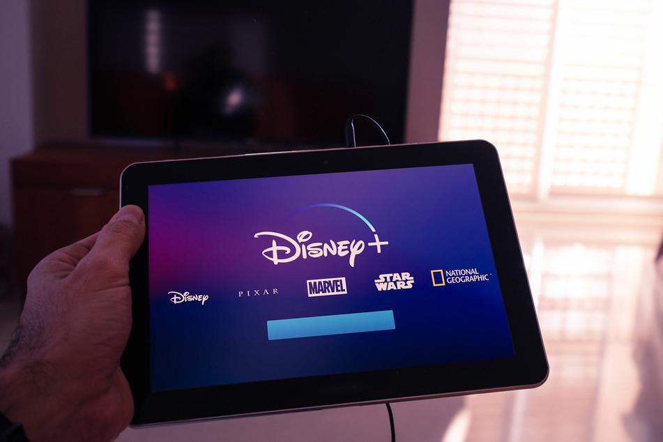 Der Streamingdienst legte im März 2020 seinen großen Start hin. Nun werden die Preise angezogen.