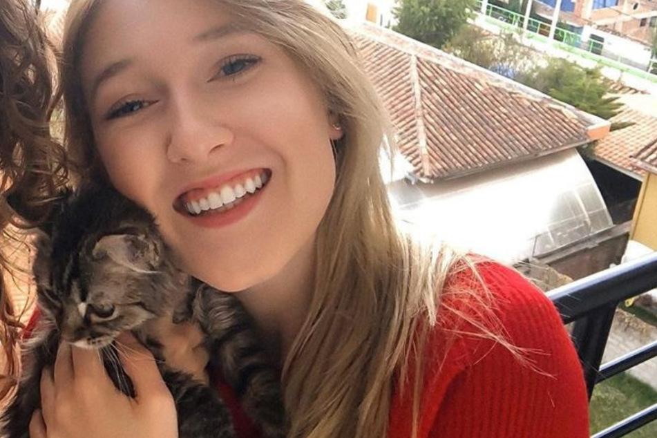 """Viele Tierfreunde sehen Selena Ali und ihr Kätzchen """"Lee"""" als Opfer der Corona-Krise."""