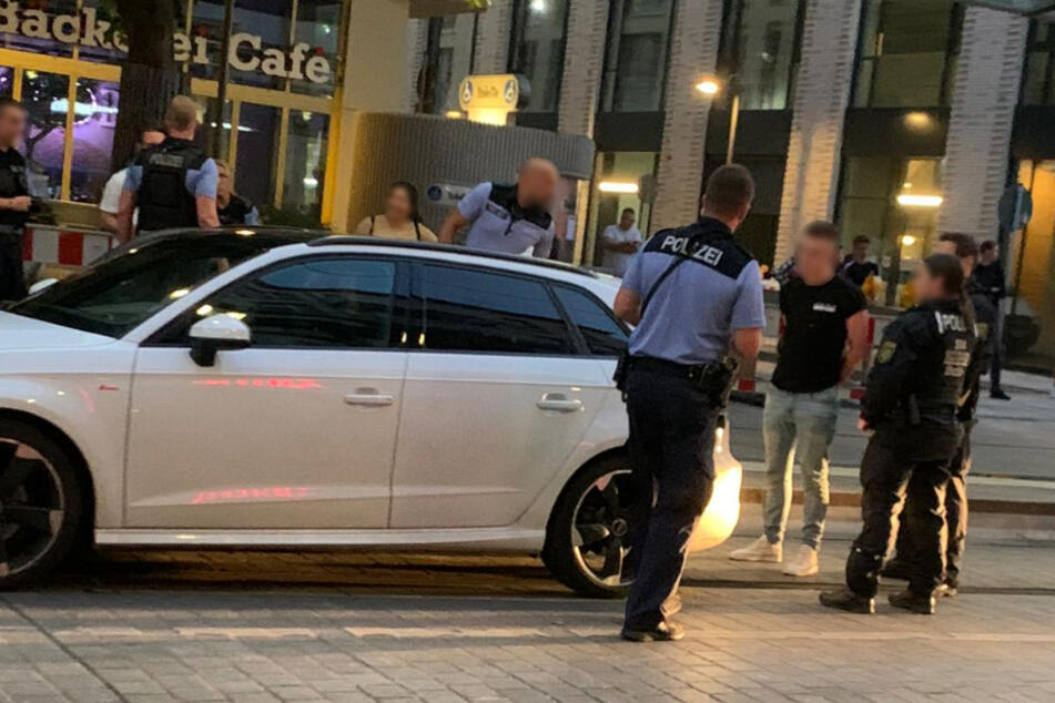 Verfolgungsjagd durch Dresden: Wer wurde durch den Audi-Fahrer gefährdet?