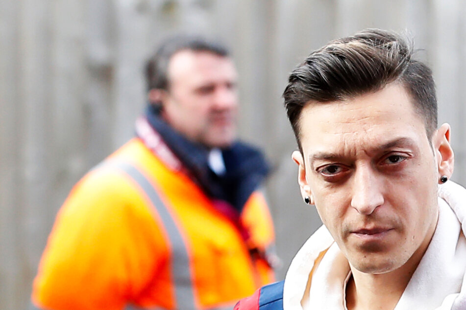 Mesut Özil ergreift im Konflikt um Berg-Karabach politisch Partei!